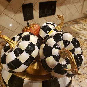 3 Checkered pumpkins pics